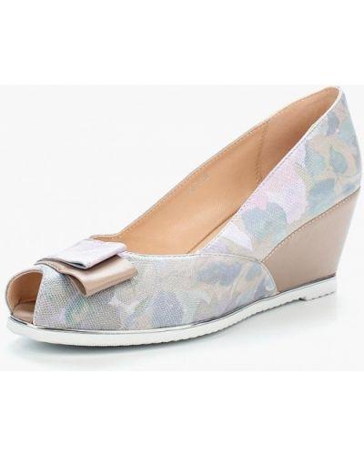 Туфли с открытым носком Vitacci