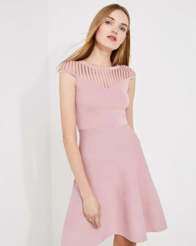 Розовое платье French Connection