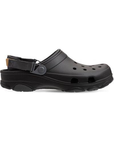 Черные сандалии с пряжкой Crocs