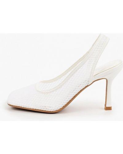 Белые кожаные туфли Marquiiz