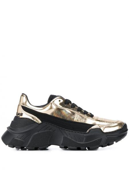 Złote czarne sneakersy na platformie Joshua Sanders