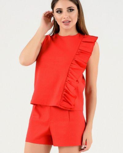 Красный костюм Magnet