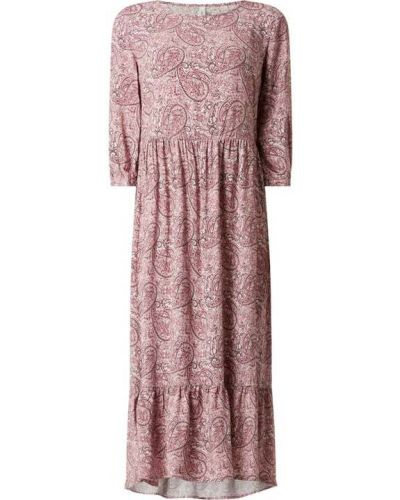 Różowa sukienka rozkloszowana z falbanami Soyaconcept