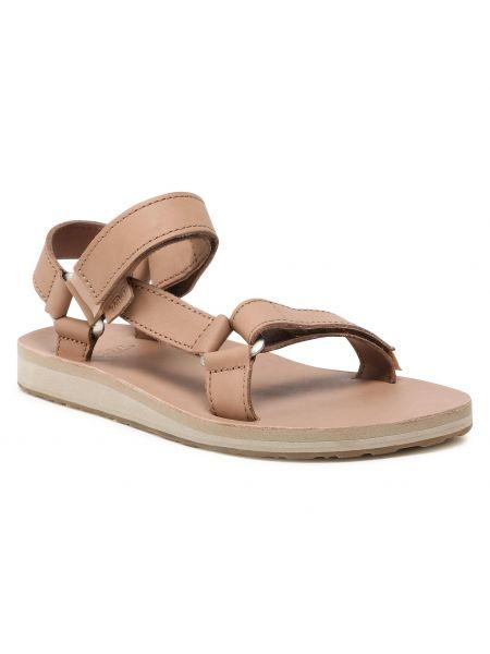 Różowe sandały casual Teva