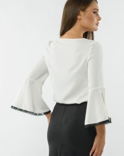 С рукавами кружевная блузка с вырезом Remix