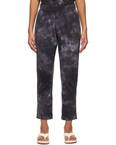 Трикотажные черные брюки дудочки с карманами Raquel Allegra