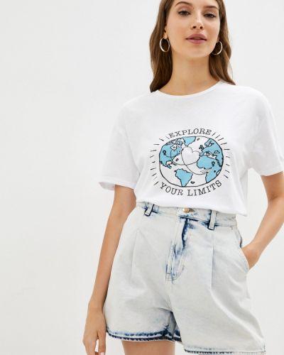 Белая футболка осенняя Colin's