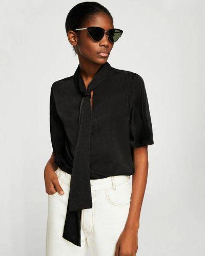 Черная блузка с бантом Mango