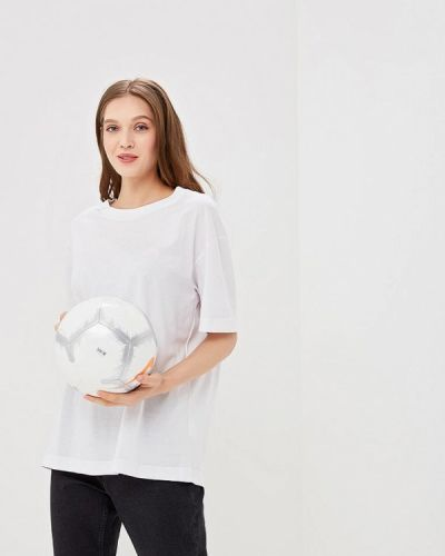 Белая футболка Cheap Monday