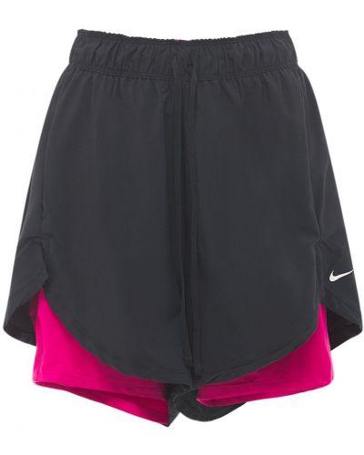 Czarny krótkie szorty na gumce Nike