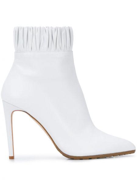 Кожаные белые сапоги на молнии эластичные Chloe Gosselin