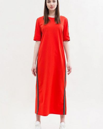 Красное платье Maxa