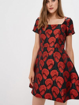 Повседневное платье красный осеннее мадам т
