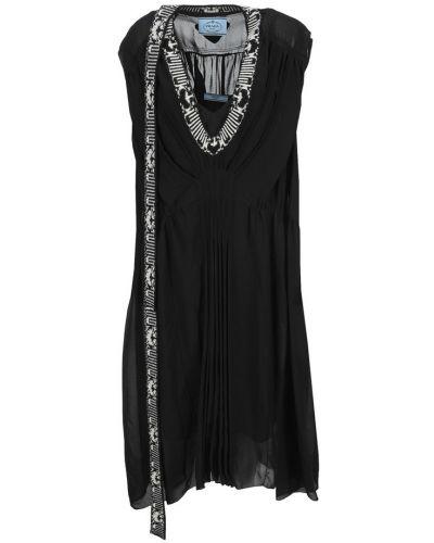 Czarna sukienka Prada