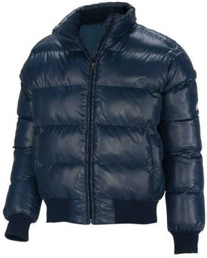 Зимняя куртка на резинке с манжетами Mikasa