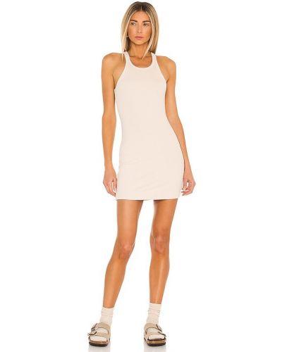 Бежевое трикотажное платье-рубашка для полных Lna