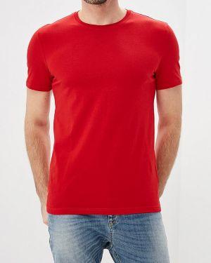 Красная футболка 2019 United Colors Of Benetton