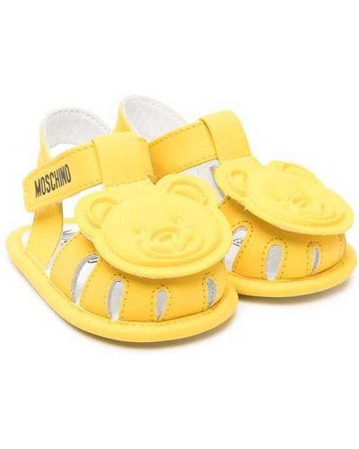 Желтые кожаные сандалии на плоской подошве Moschino Kids