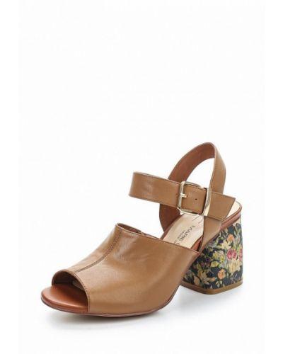 Коричневые босоножки на каблуке Marie Collet