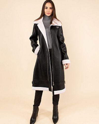 Шерстяное черное пальто с воротником каляев
