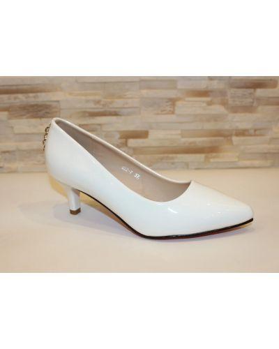 Туфли на каблуке - белые No Brand