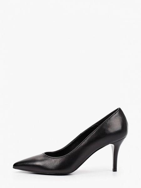 Черные кожаные туфли из натуральной кожи Bata