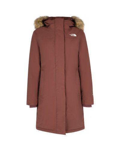 Розовая пуховая длинная куртка Arctic на молнии The North Face