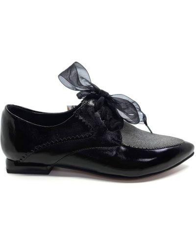 Повседневные туфли - черные Gina