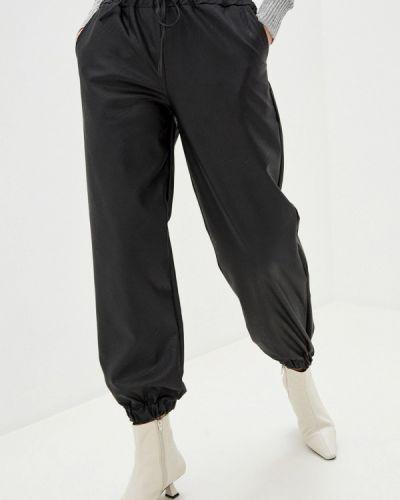 Черные кожаные брюки B.style