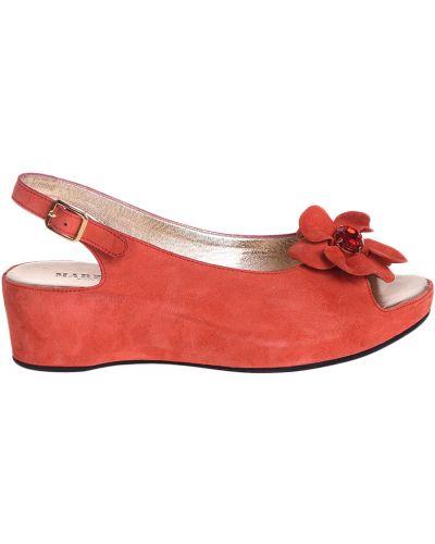 Кожаные босоножки - красные Marzetti