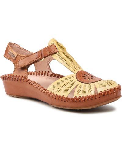 Żółte sandały Pikolinos