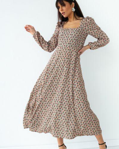 Бежевое платье с завышенной талией с рисунком Clew