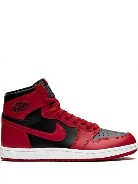 Czarny wysoki sneakersy koronkowy sznurowany Jordan