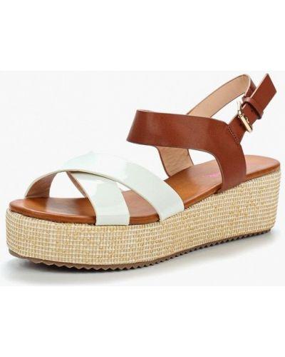 Белые босоножки на каблуке Vera Blum
