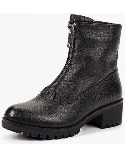 Черные полусапожки на каблуке Provocante