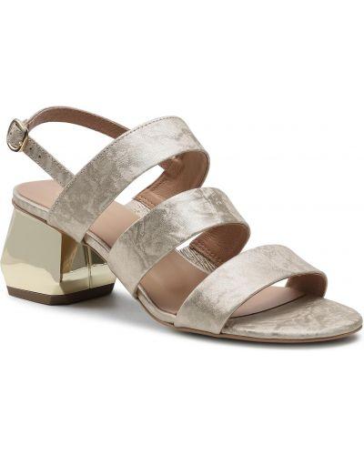 Złote sandały Edeo