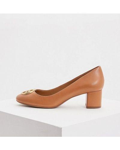 Кожаные туфли осенние для офиса на каблуке Tory Burch