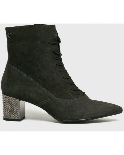 Ботинки на каблуке на каблуке на шнуровке Tamaris