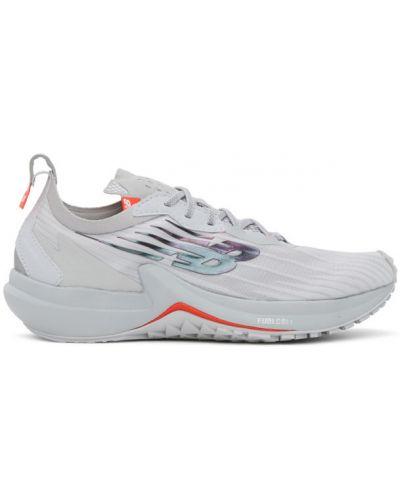 Белые кроссовки на каблуке на шнурках New Balance