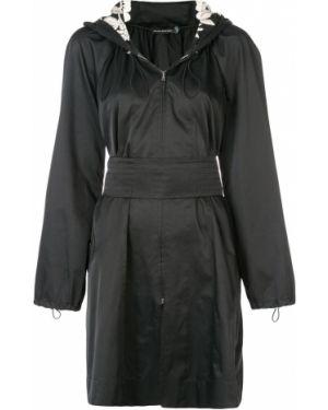 Нейлоновое черное пальто Josie Natori