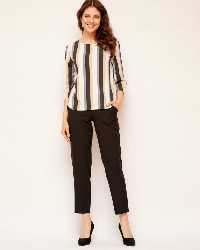 Повседневная с рукавами блузка с вырезом Fiato