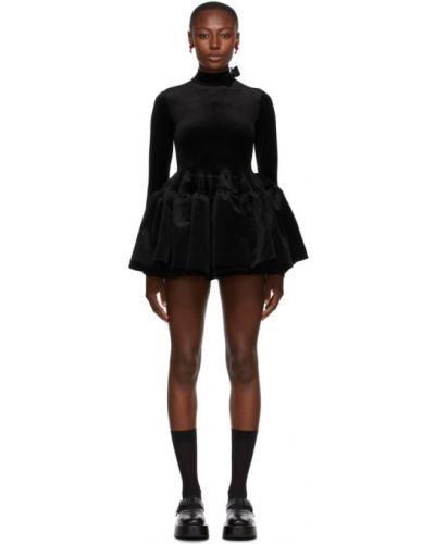 Czarna sukienka mini z długimi rękawami z aksamitu Shushu/tong