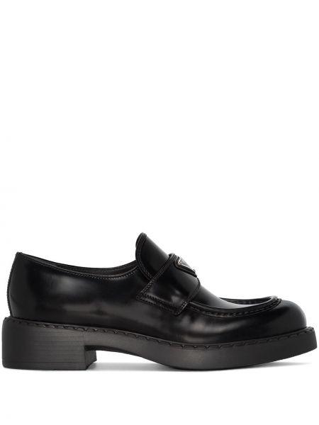 Czarne loafers skorzane Prada