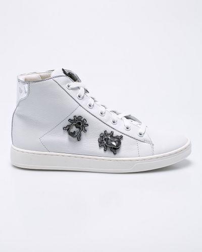 Белые кроссовки Gino Rossi