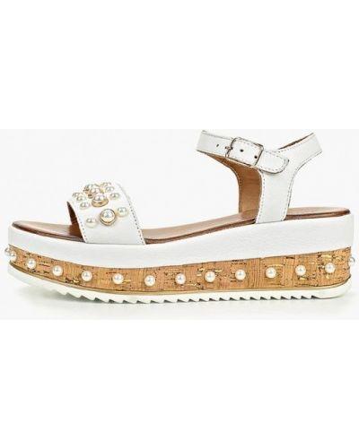 Белые сандалии Inuovo