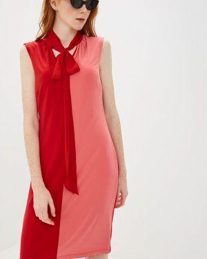 Платье прямое красный Madeleine