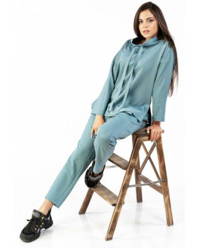 Свободный брючный костюм с воротником с поясом Mari-line