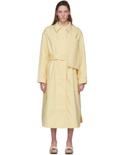 Żółty długi płaszcz z paskiem bawełniany Jacquemus
