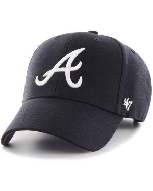 Черная кепка с вышивкой 47brand
