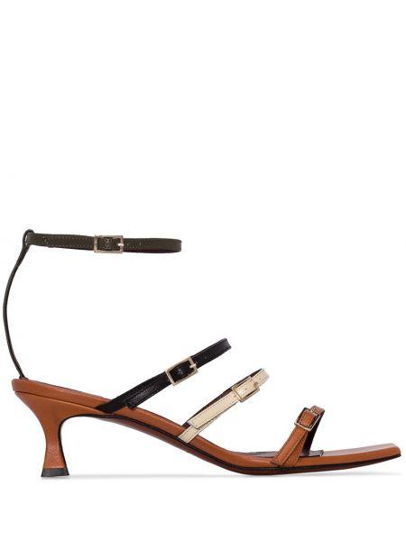 Кожаные коричневые открытые босоножки на каблуке Manu Atelier